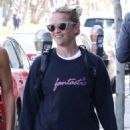 Reese Witherspoon – Leaving a workout in Los Angeles