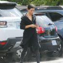 Jenna Dewan Tatum going to yoga studio in Los Angeles