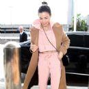 Jenna Dewan – Arrives at LAX International Airport in LA - 454 x 681