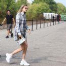 Gigi Hadid – Arrives at the Roberto Cavalli Fashion Show in Milan