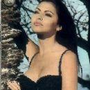 Alexandra Kabi - 230 x 429