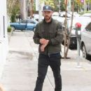 Justin Timberlake makes a stop at Au Fudge restaurant on April 9, 2016 - 454 x 587