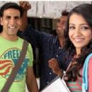 Akshay Kumar And Trisha Krishnan In Khatta Meetha - 454 x 340