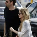 Avril Lavigne and Chad Kroeger at Perth Airport, Australia (18 Nov 2012)