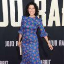 Lisa Edelstein – 'Jojo Rabbit' Premiere in Los Angeles - 454 x 681
