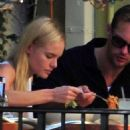 Lunching in Brentwood (October 7 2010).