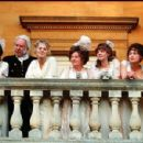 Pride & Prejudice, Mrs. Bennet, Mr. Bennet, Lydia Bennet, Kitty Bennet, Jane Bennet, Mary Bennet, Elizabeth Bennet - 454 x 300