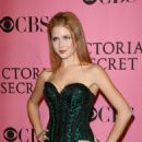 Renee Olstead At Victoria's Secret Fashion Show 2007
