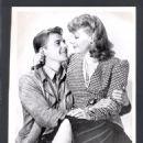 Ann Sheridan and Ronald Reagan - 454 x 597