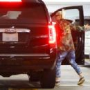 Gwen Stefani – Arriving at the hospital in Los Angeles