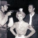 Ruta Lee With Clint Eastwiood & Eric Fleming of Rawhide - 290 x 374