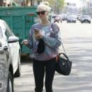 Ashlee Simpson Leaves a gym in Studio City - 454 x 635