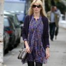 Claudia Schiffer Dropping Kids Off School In London, October 15 2009