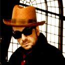 Elvis Costello - 350 x 428