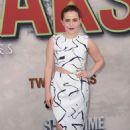 Mae Whitman – Showtime's 'Twin Peaks' Premiere in Los Angeles - 454 x 644