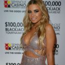 Carmen Electra – $100,000 BlackJack Tournament in Miami - 454 x 681