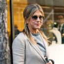 Jennifer Aniston – Leaves Nello Restaurant in New York - 454 x 551