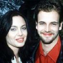 Angelina Jolie and Jonny Lee Miller - 320 x 231