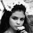 Selena Gomez Love Magazine Love15 Issue 2016