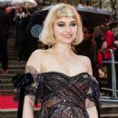 Imogen Poots – 2018 Olivier Awards in London - 454 x 681