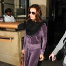 Eva Longoria Parker - Eva Longoria - LAX Airport In Los Angeles 10/07/10