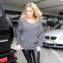 Hilary Duff - Drops Her Fiance Off At LAX Airport, 2010-02-23