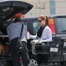 Amy Adams-May 29, 2015-Amy Adams and Darren Le Gallo Go Shopping - 449 x 600