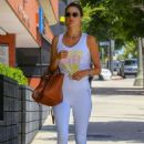 Alessandra Ambrosio – Spotted while exits a pilates studio in Los Angeles - 454 x 681