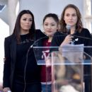 Natalie Portman, Eva Longoria and Constance Wu – 2018 Women's March in Los Angeles - 454 x 662