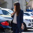 Jessica Biel out for lunch in Santa Monica - 454 x 717