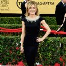 Felicity Huffman attend the 21st Annual Screen Actors Guild Awards at The Shrine Auditorium on January 25, 2015 in Los Angeles, California - 415 x 600