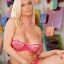 Hot Babes Diamond Foxxx - 454 x 681