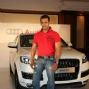 Salman khan gets gifted an Audi Q7