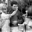 Diane McBain, Elvis Presley & Shelley Fabares