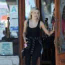 Holly Madison – Leaving a store in Los Angeles