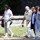 Rose Leslie and Kit Harington – Having lunch at Wardhill Castle in Aberdeen - 454 x 320