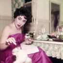 Elizabeth Taylor - 454 x 568