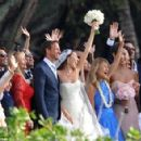 Jenson Button ties the knot with model Jessica Michibata in Hawaii - 454 x 294
