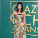 Gemma Chan – 'Crazy Rich Asians' Premiere in Los Angeles - 454 x 693