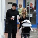 Nicole Richie & Joel Madden Taking Out Daughter Harlow In Glendale, CA 2008-05-09
