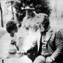 Alexander Graham Bell and Mabel Gardiner Hubbard - 395 x 347
