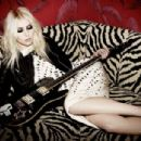 Taylor Momsen - Untitled Magazine Pictorial [United States] (April 2013) - 454 x 304