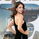 Eiza Gonzalez – 'Fast & Furious Presents: Hobbs & Shaw' Premiere in Hollywood - 454 x 568