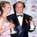 Helen Hunt and Jack Nicholson  - The 55th Annual Golden Globe Awards (1998) - 454 x 315