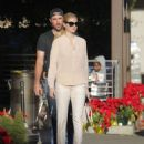 Kate Upton – Shopping at the CVS with Justin Varlander in Beverly Hills - 454 x 550