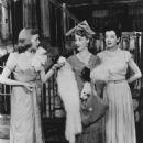 WONDERFUL TOWN Original 1953 Original Broadway Cast Cast Starring Roslenad Russell - 454 x 589
