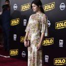 Alexandra Daddario – 'Solo: A Star Wars Story' Premiere in Los Angeles - 454 x 661