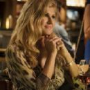 Dirty John - Connie Britton - 454 x 308
