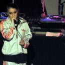 Lady Sovereign - 400 x 372