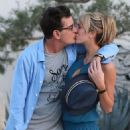 Brett Rossi and Charlie Sheen - 454 x 551